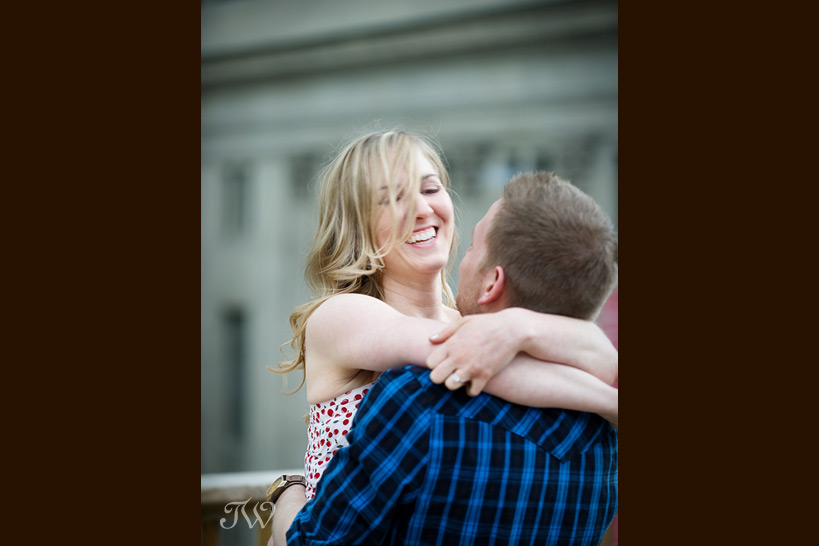 katherine_tyler_rooftop_movie_engagement_session_07