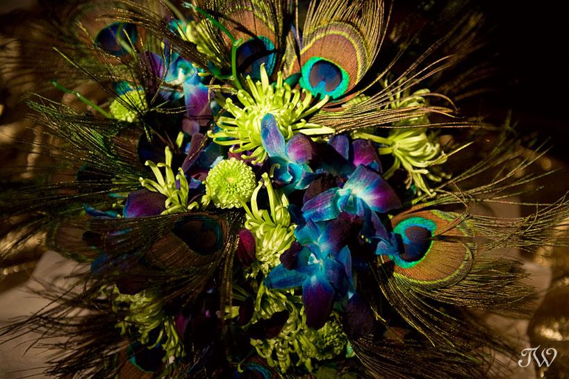 calgary-zoo-weddings-peacock-feather-bouquet