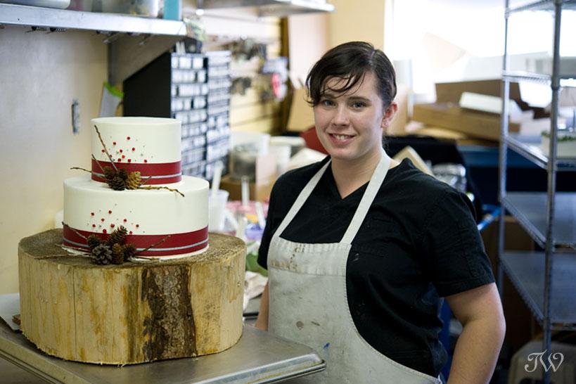 vintage-wedding-cake-Cakeworks-Tara-Whittaker-07