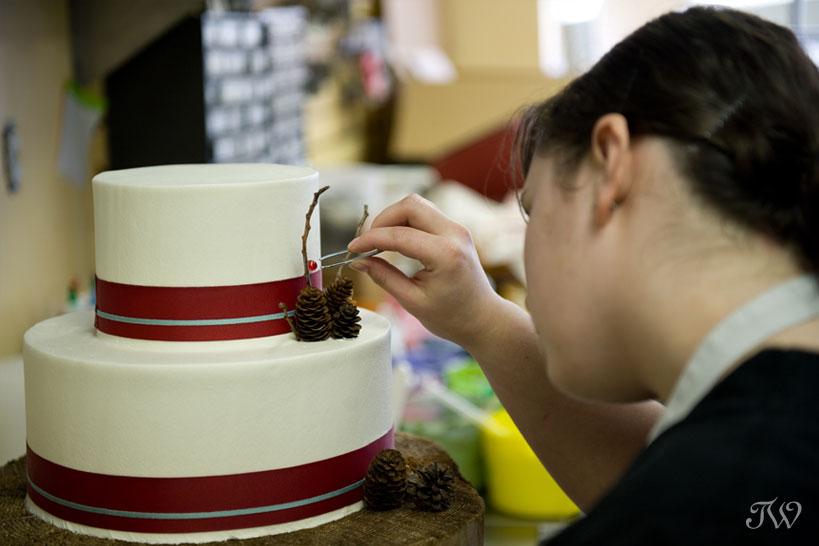 vintage-wedding-cake-Cakeworks-Tara-Whittaker-06