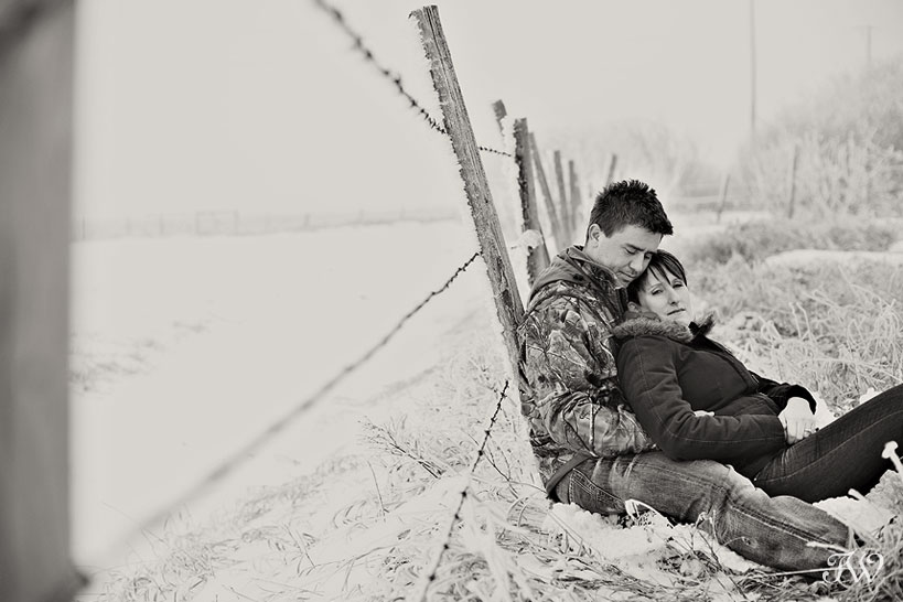 corrin_dave_rural_calgary_winter_engagement_session_01
