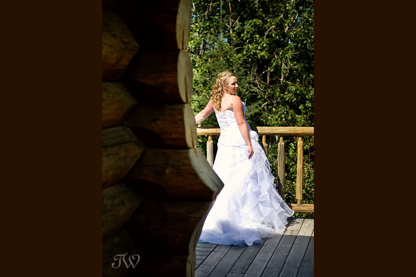 Cochrane-Ranche-House-Wedding-Photos-bridal-portrait
