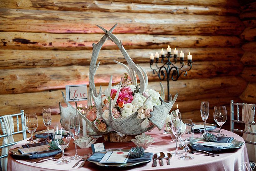 Photographer-in-Calgary-Calgary-wedding-photographer-anters-with-flowers