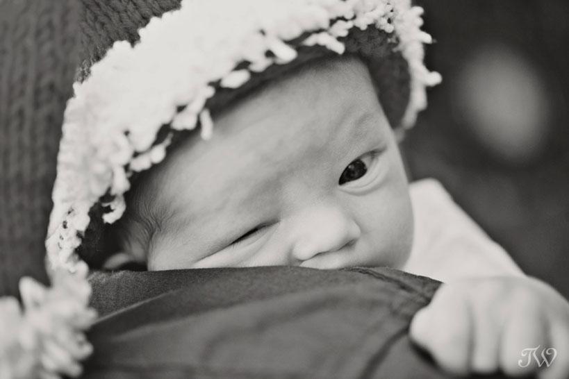 Newborn-photos-Calgary-baby-closeup