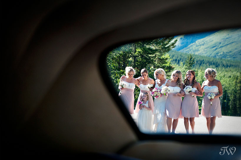 Calgary-Bridal-Party-Photo-Favourites-bridesmaids-vintage-car