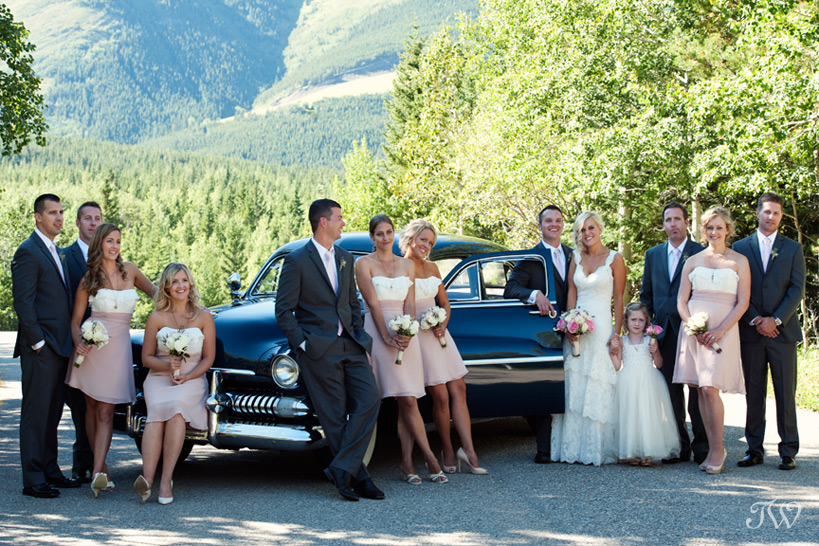 Calgary-Bridal-Party-Photo-Favourites-bridal-party-vintage-car