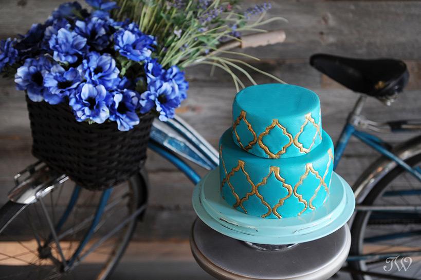 Calgary-wedding-photography-Swirl-Cakes-best-wedding-cakes-01
