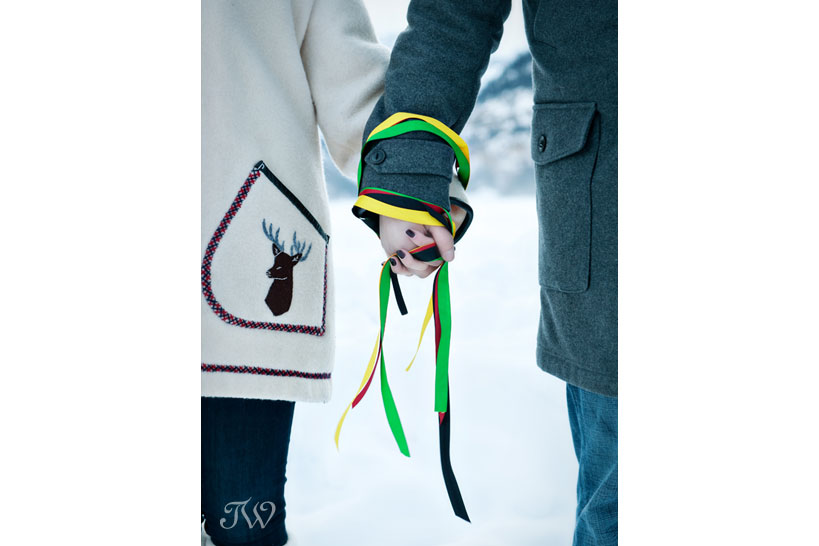 lake-louise-engagement-pictures-hudson-bay-blanket-03