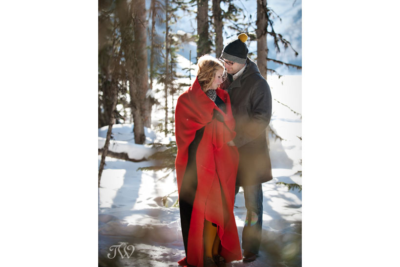 lake-louise-engagement-pictures-hudson-bay-blanket-12