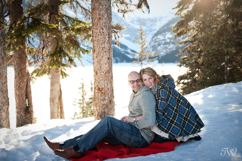lake-louise-engagement-pictures-hudson-bay-blanket-15