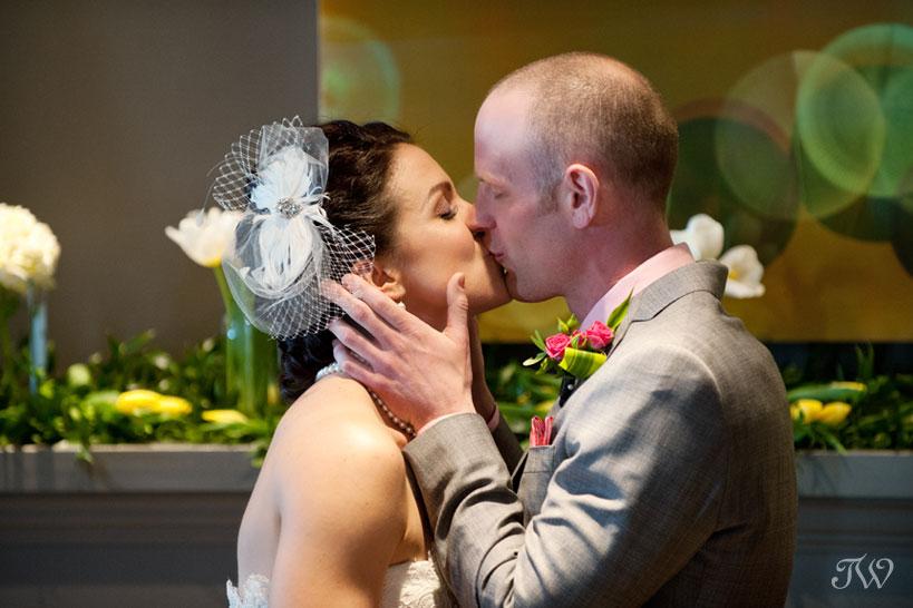 kensington-riverside-inn-weddings-09