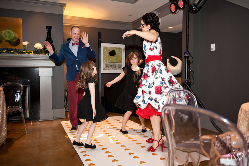 pop-up-wedding-photographs-a-vintage-affair-first-dance-20