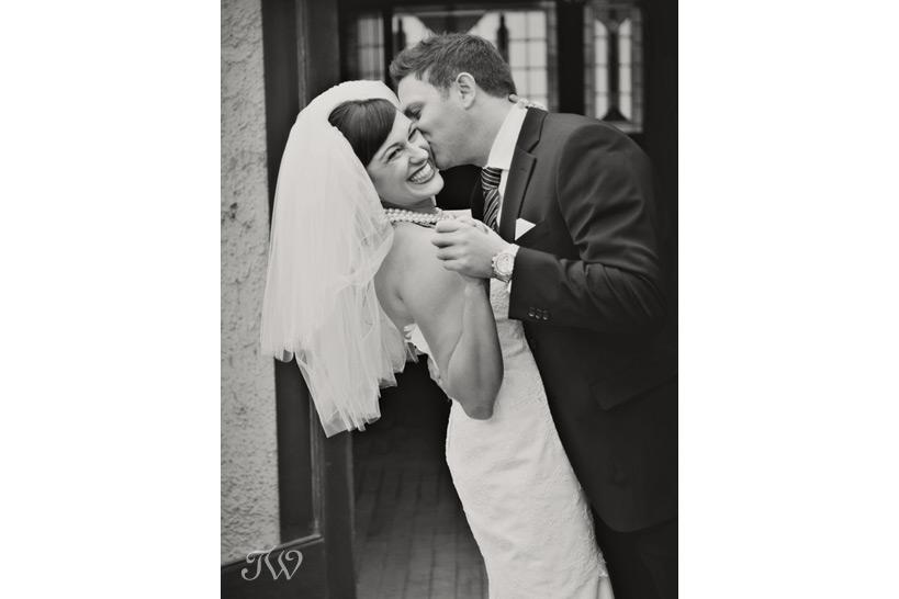 calgary-bride-top-5-wedding-veils-Tara-Whittaker-Photography-04