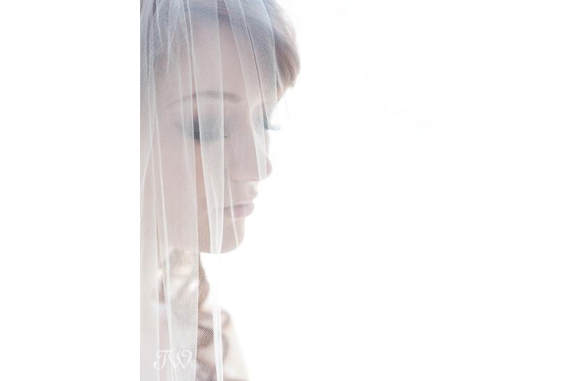 wedding-photos-calgary-Tara-Whittaker-Photography-04