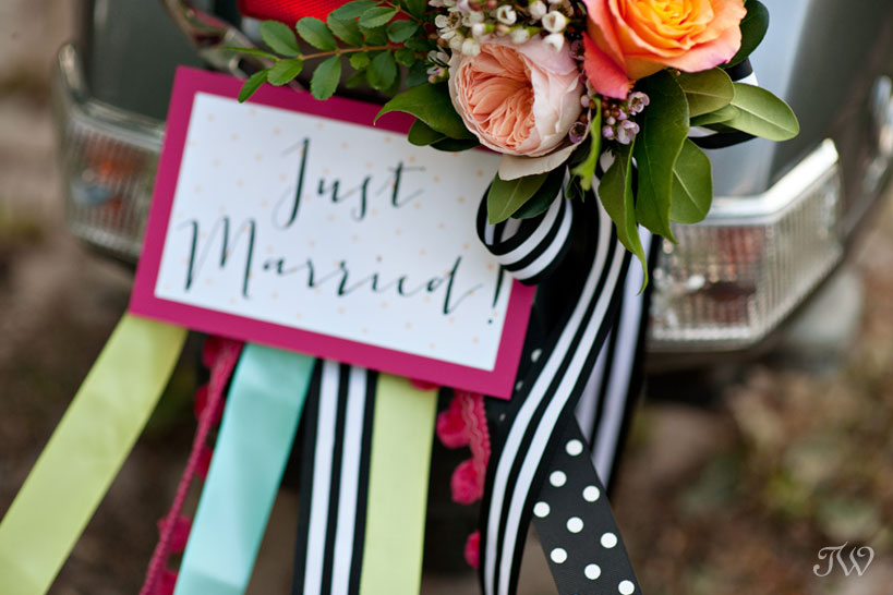 wedding-car-decor-Tara-Whittaker-Photography-06