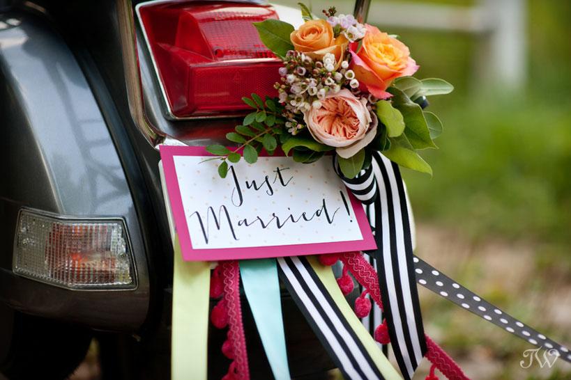 wedding-car-decor-Tara-Whittaker-Photography-08