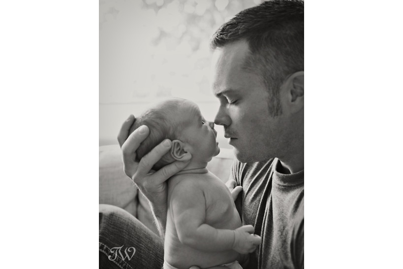baby-picture-calgary-newborn-photographer-02