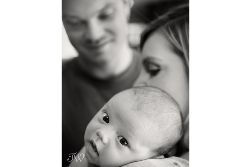 baby-picture-calgary-newborn-photographer-03