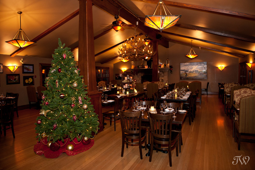 christmas-decorating-bow-valley-ranche-restaurant-04