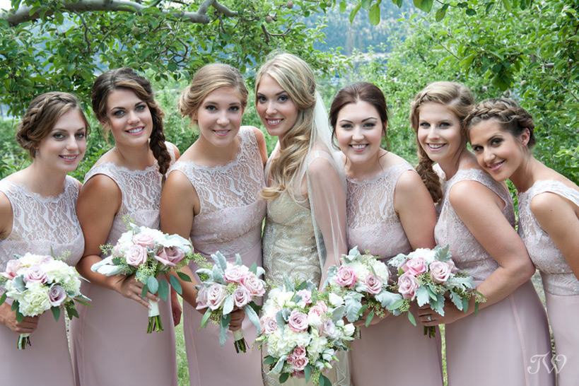 bridal-party-photos-Tara-Whittaker-Photography-10