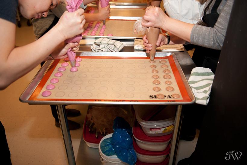 Students making macarons at Ollia