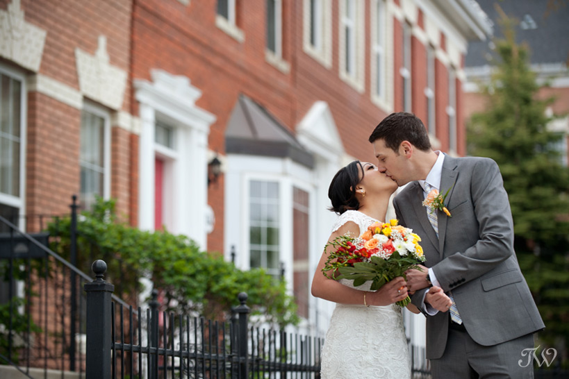 bride and groom kiss captured by Tara Whittaker Photography