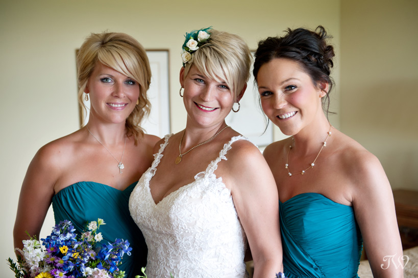 bride and her bridesmaids captured by Tara Whittaker Photography