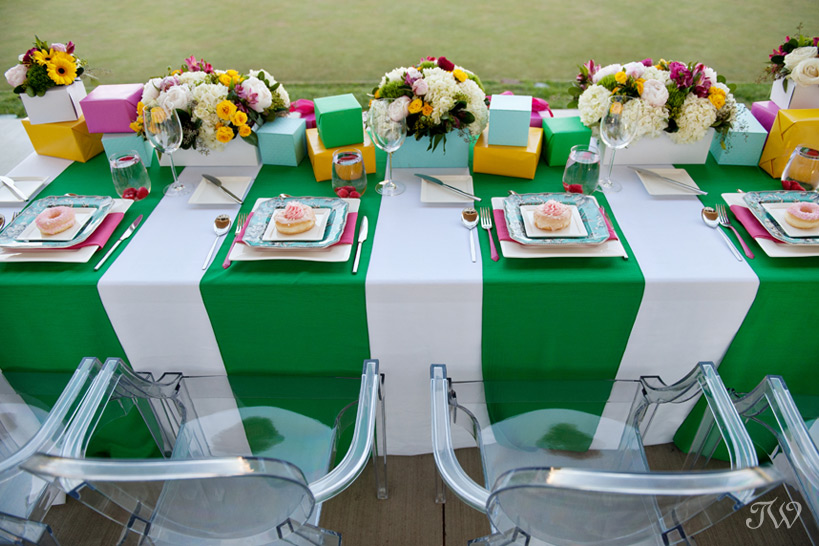 Kate Spade inspired head table captured by Tara Whittaker Photography