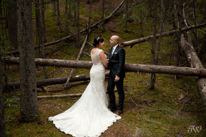 bride and groom in Banff captured by Tara Whittaker Photography