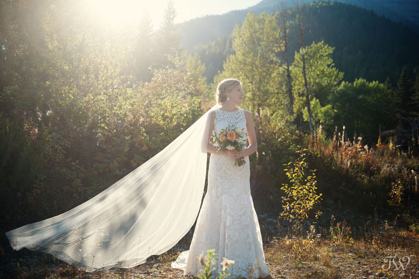 Mountain Bride in Fernie by Tara Whittaker Photography