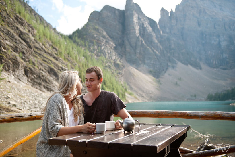 couple at the Lake Agnes Tea House captured by Tara Whittaker Photography