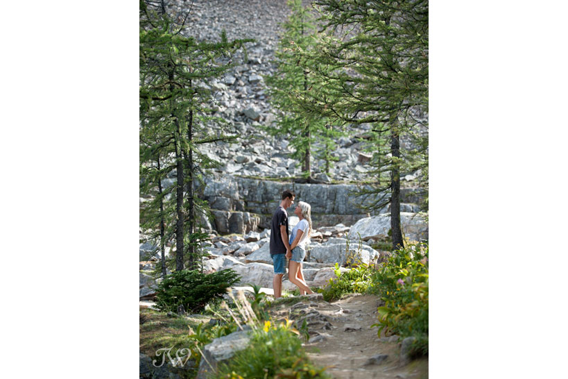 mountain engagement session captured by Tara Whittaker Photography