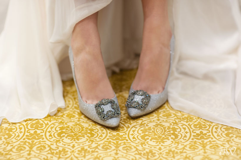 bride wearing metallic Manolo Blahnik pumps captured by Tara Whittaker Photography