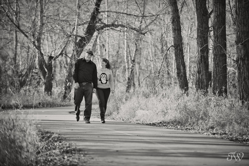fish-creek-park-engagement-session-05