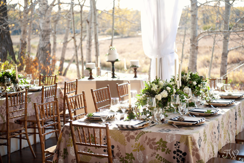 Reception for a Meadow Muse wedding captured by Tara Whittaker Photography