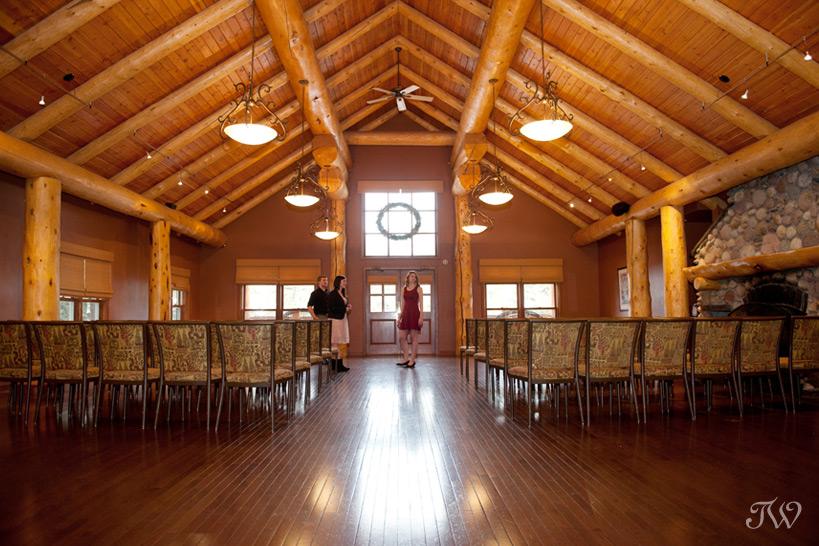 Wapiti Longhouse at Buffalo Mountain Lodge captured by Tara Whittaker Photography