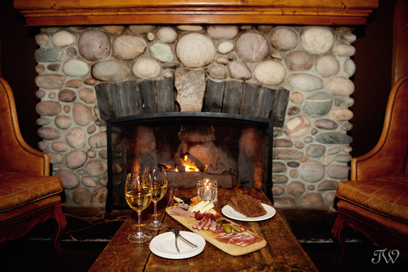 Sleeping Buffalo Lounge at Buffalo Mountain Lodge in Banff captured by Tara Whittaker Photography
