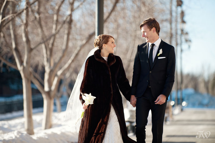 winter-wedding-photos-Tara-Whittaker-Photography-29