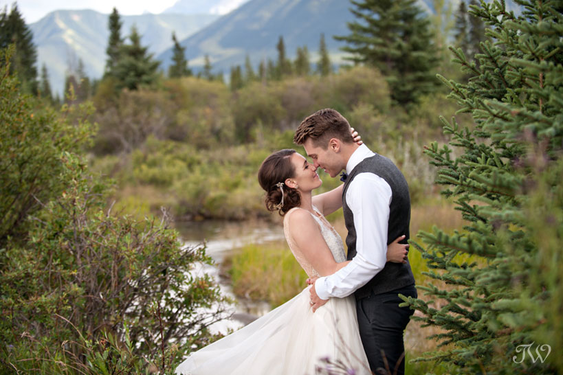 bride and groom before their Cornerstone Theatre wedding in Canmore