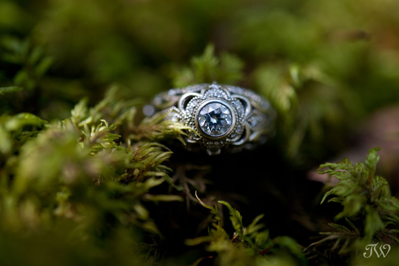vintage inspired engagement ring captured by Calgary wedding photographer Tara Whittaker