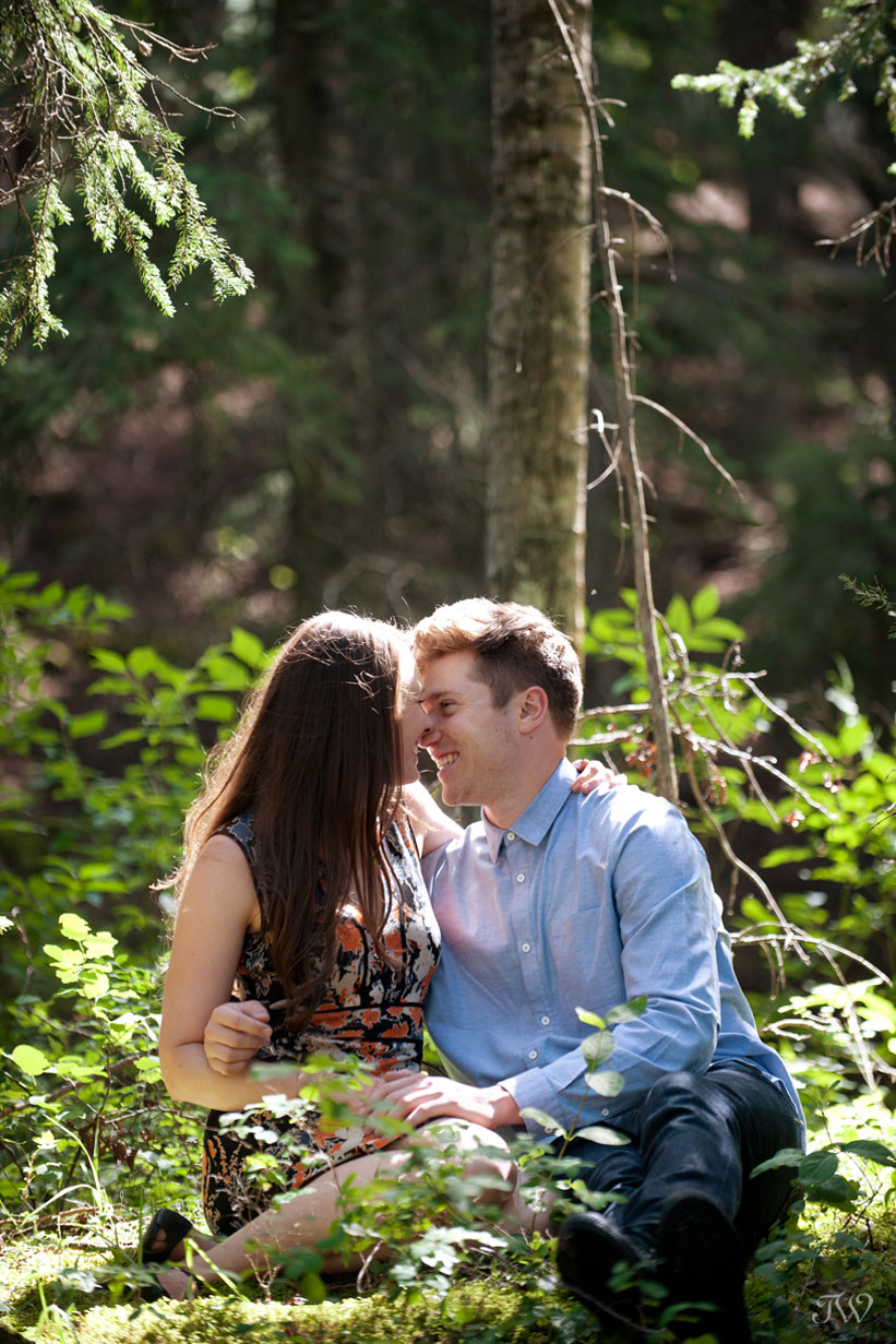 couple embrace during engagement pictures by Tara Whittaker Photography