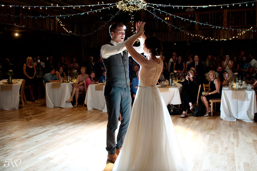 Bride and groom dance during their Cornerstone Theatre wedding captured by Tara Whittaker Photography