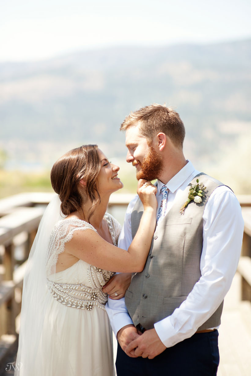 Kelowna wedding photos on Okanagan Lake captured by Tara Whittaker Photography
