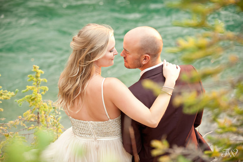 Bride and groom during their Spray Lakes engagement session captured by Tara Whittaker Photography
