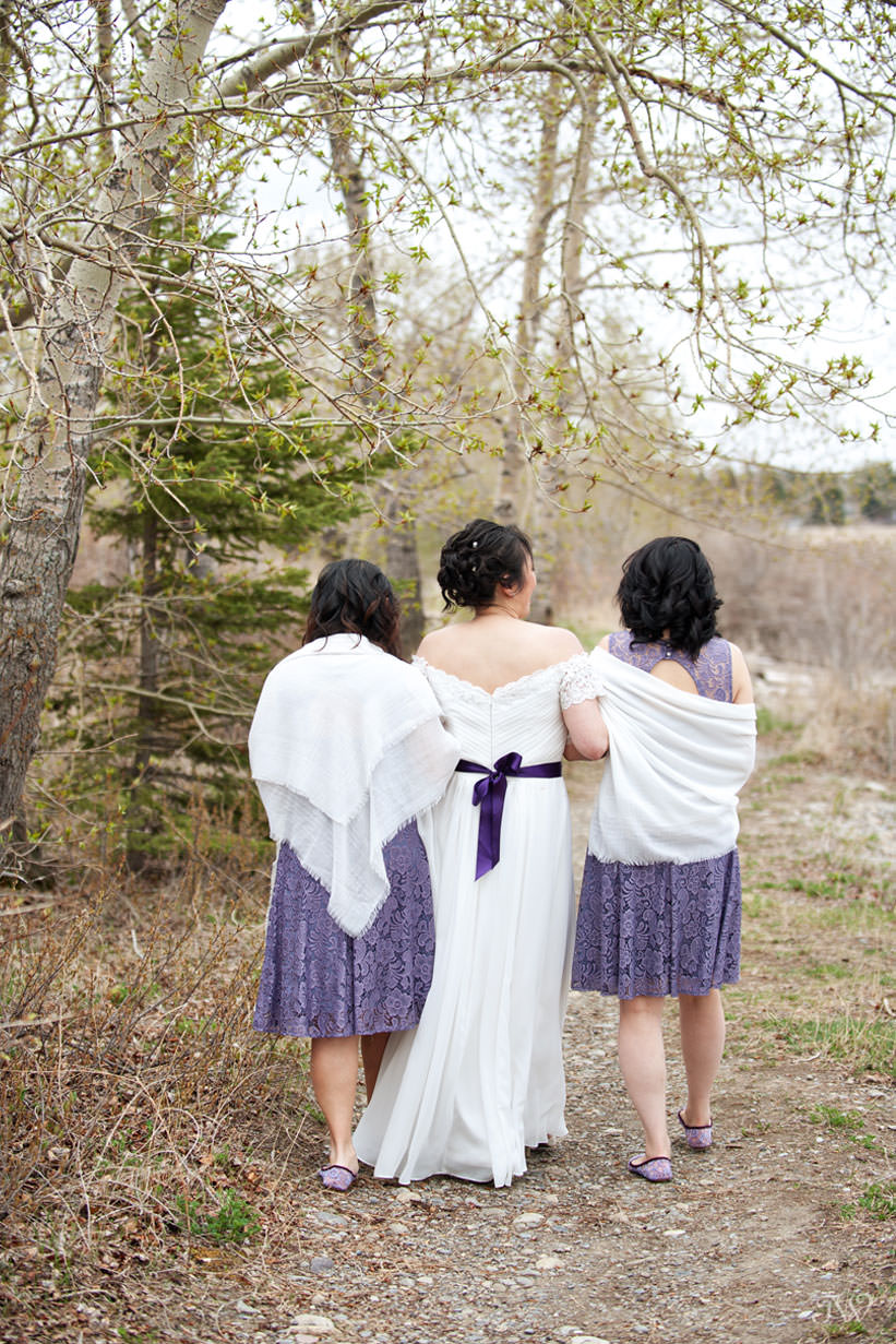 Spring bride with her bridesmaids shares her best wedding advice Tara Whittaker Photography