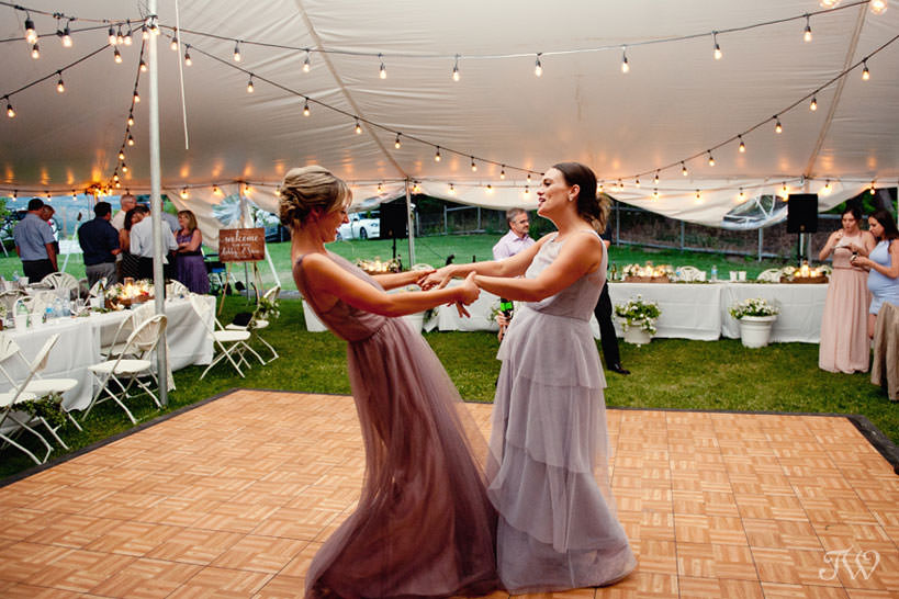Wedding dance at Kelowna vineyard wedding captured by Tara Whittaker Photography