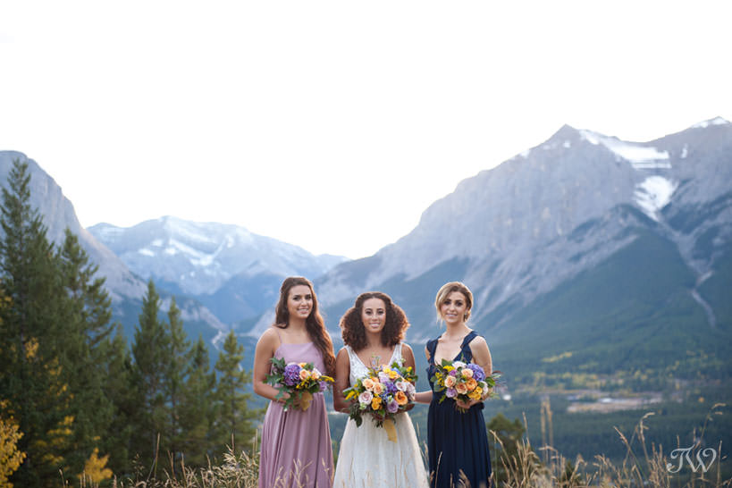 Bridal party at Silvertip resort mountain wedding locations captured by Tara Whittaker Photography
