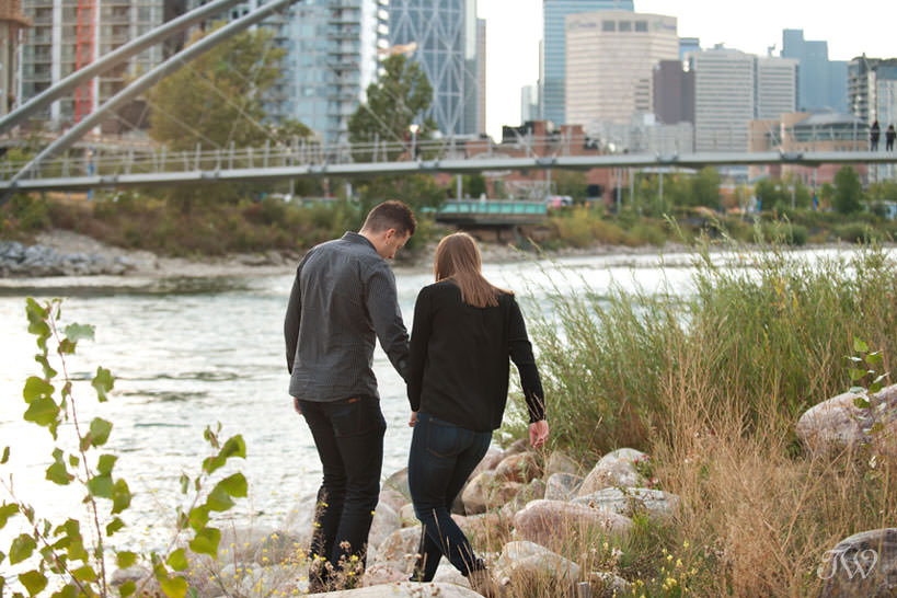 Bride & Groom on banks of Bow River captured by Tara Whittaker Photography
