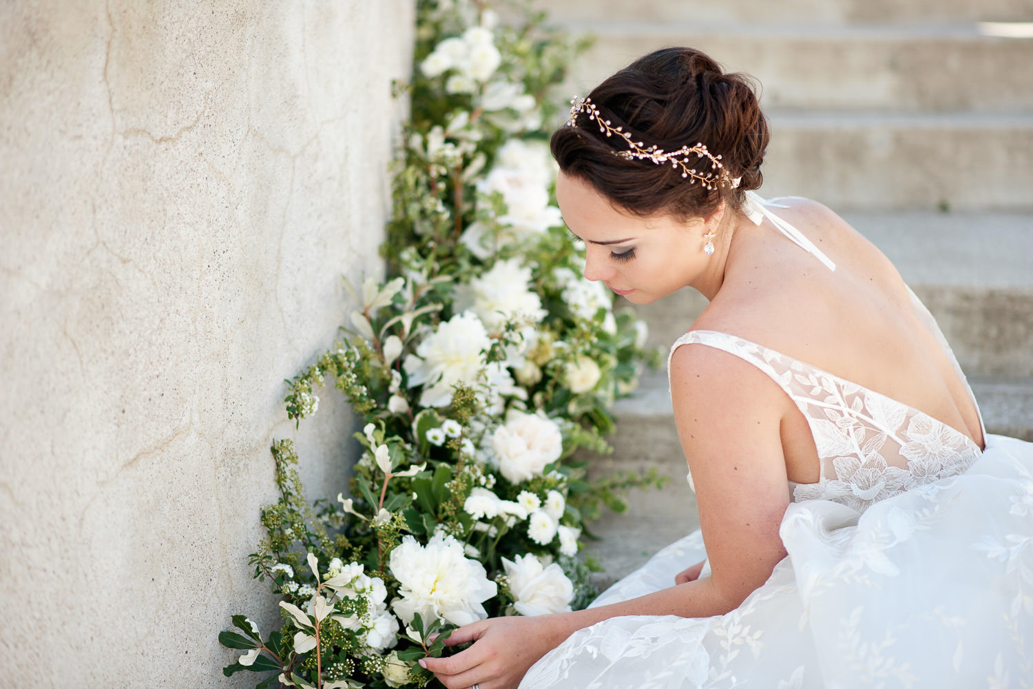 classic bride with garden-inspired flowers captured by Tara Whittaker Photography