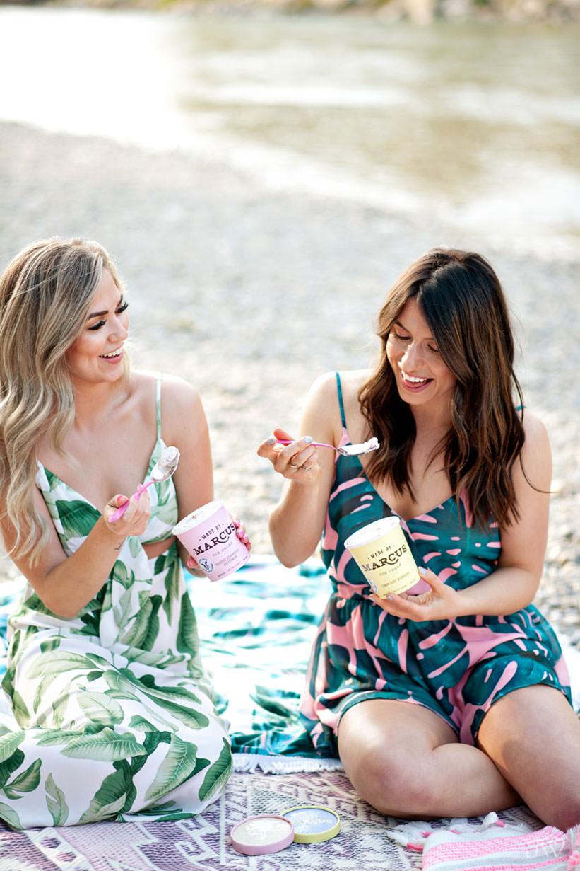 Eating Made by Marcus ice cream at Sandy Beach Park captured by Tara Whittaker Photography